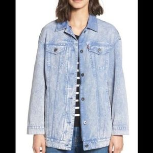 NWT Levi's Oversized Bleached Effect Denim Jacket